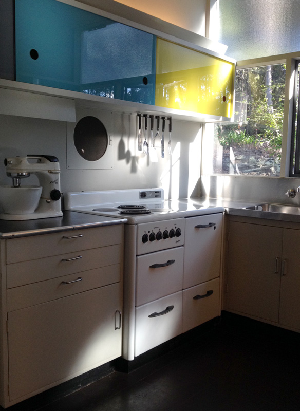 Mid century kitchen with all the mod cons!