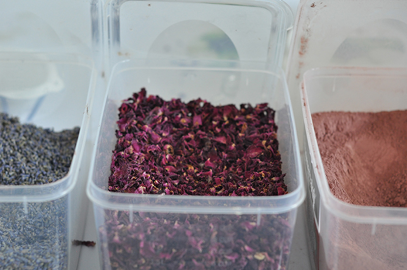 Lavender, rose petals, clay: some soap making ingredients.