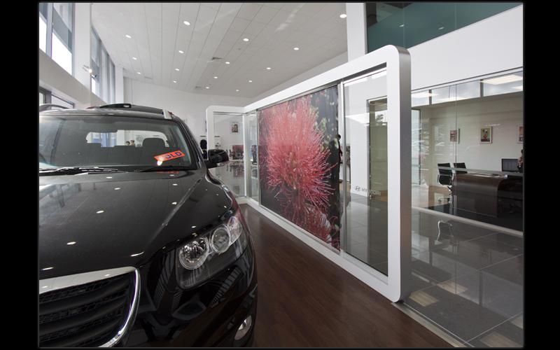 HyundaiShowRm.jpg