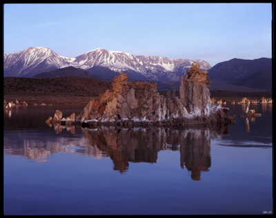 LakeMonoTuffas001.jpg