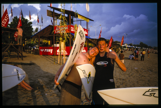 Jai Earnshaw and Luke hamming it up 16 years ago on Kuta Beach, both representing NZ for the World Grom Contest