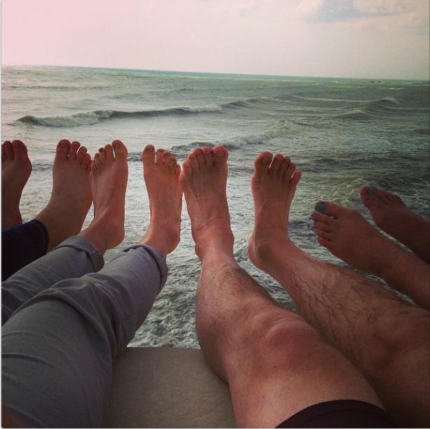 Scale turche feet  - 7:53 pm