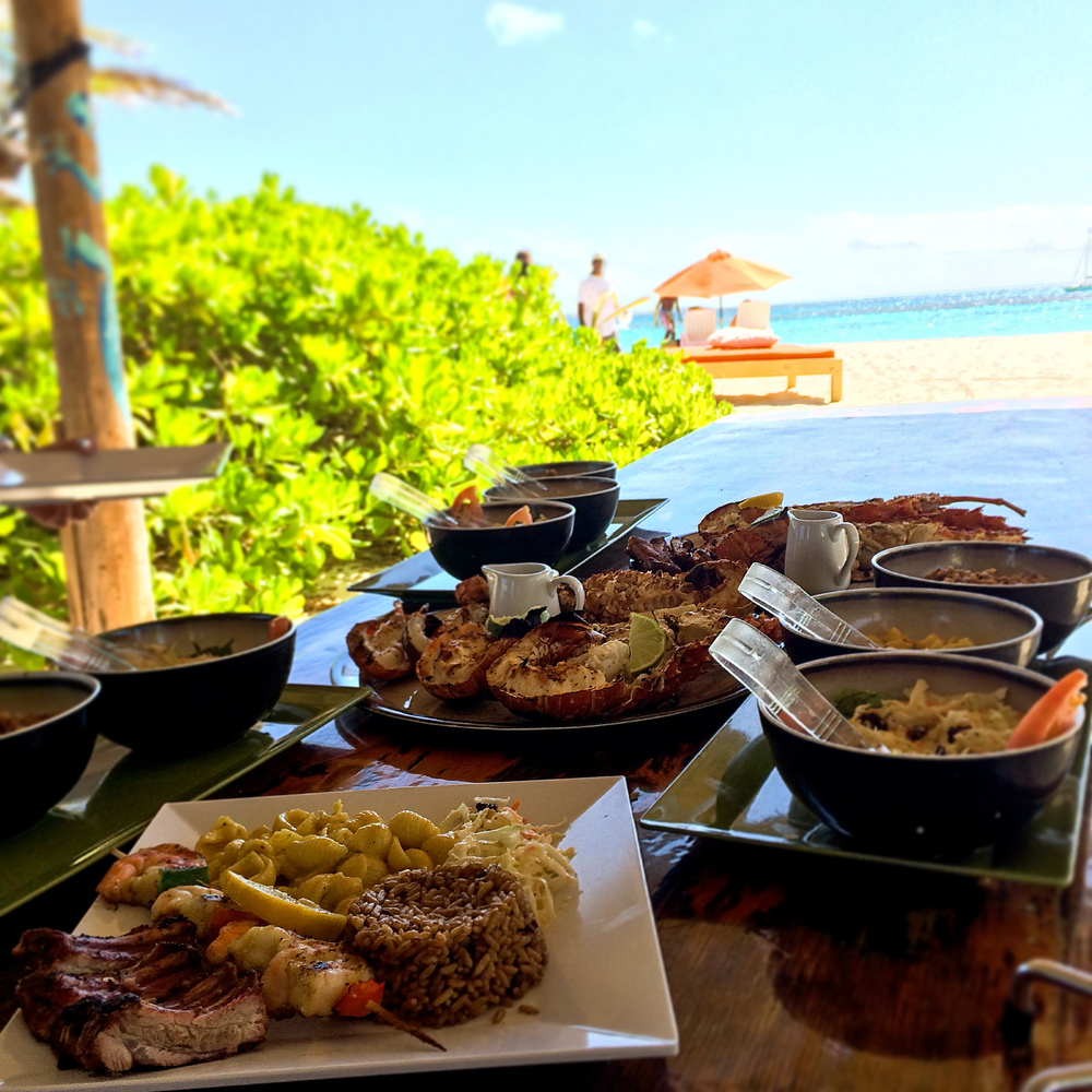 The full spread for lunch at Sandy Island - don't forget to order the sticky ribs with your Crustaceans!
