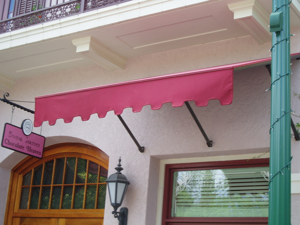 271 Red Awnings