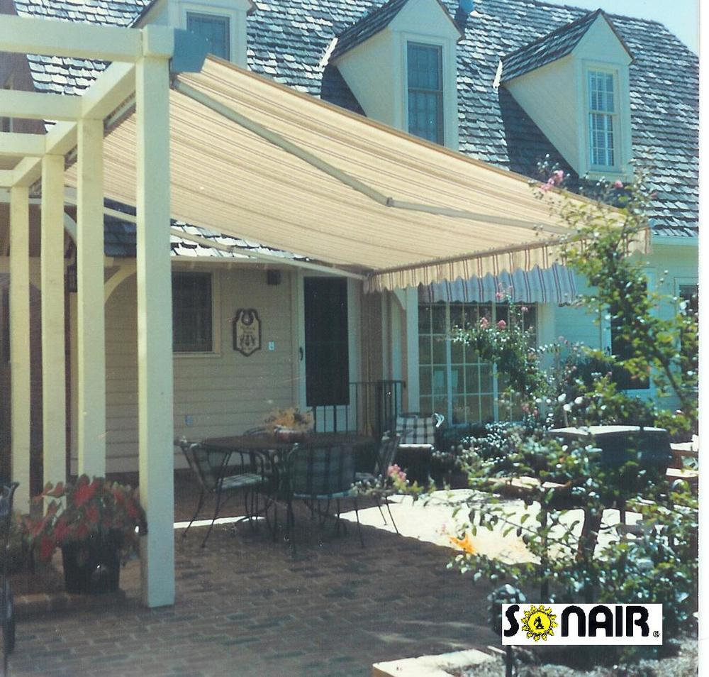 320 Free Standing Awnings