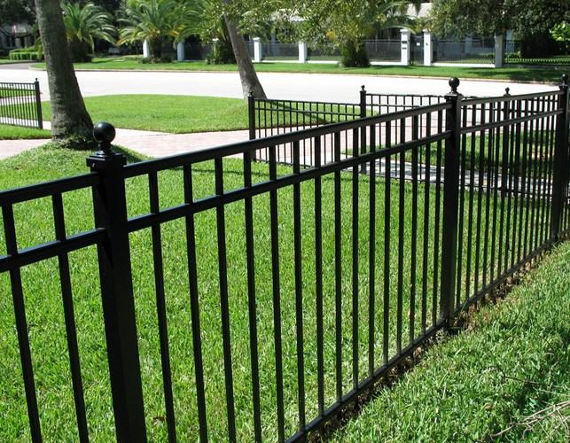 934 Park Fence