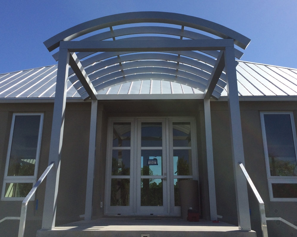 292 Residental Curved Pergola