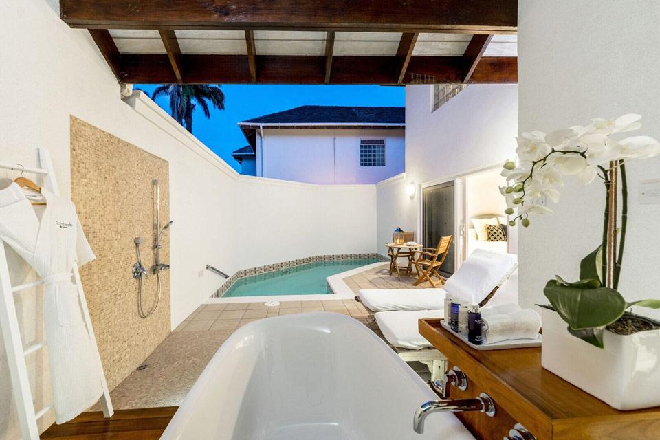 Calabash Pool Suites