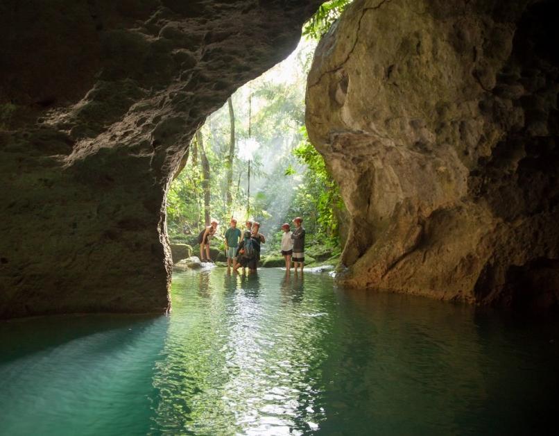 Xplore Caves