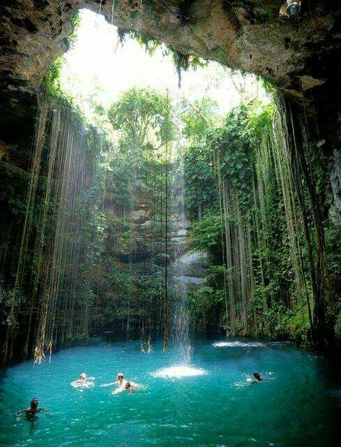 JAMAICA BLUE HOLE