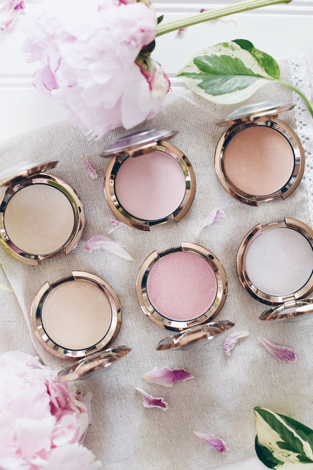 Becca Cosmetics Light Chaser Highlighters