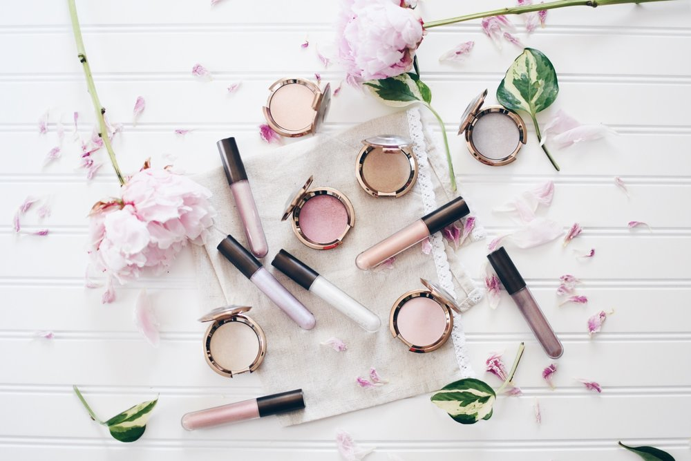 Becca Cosmetics Light Chaser Collection