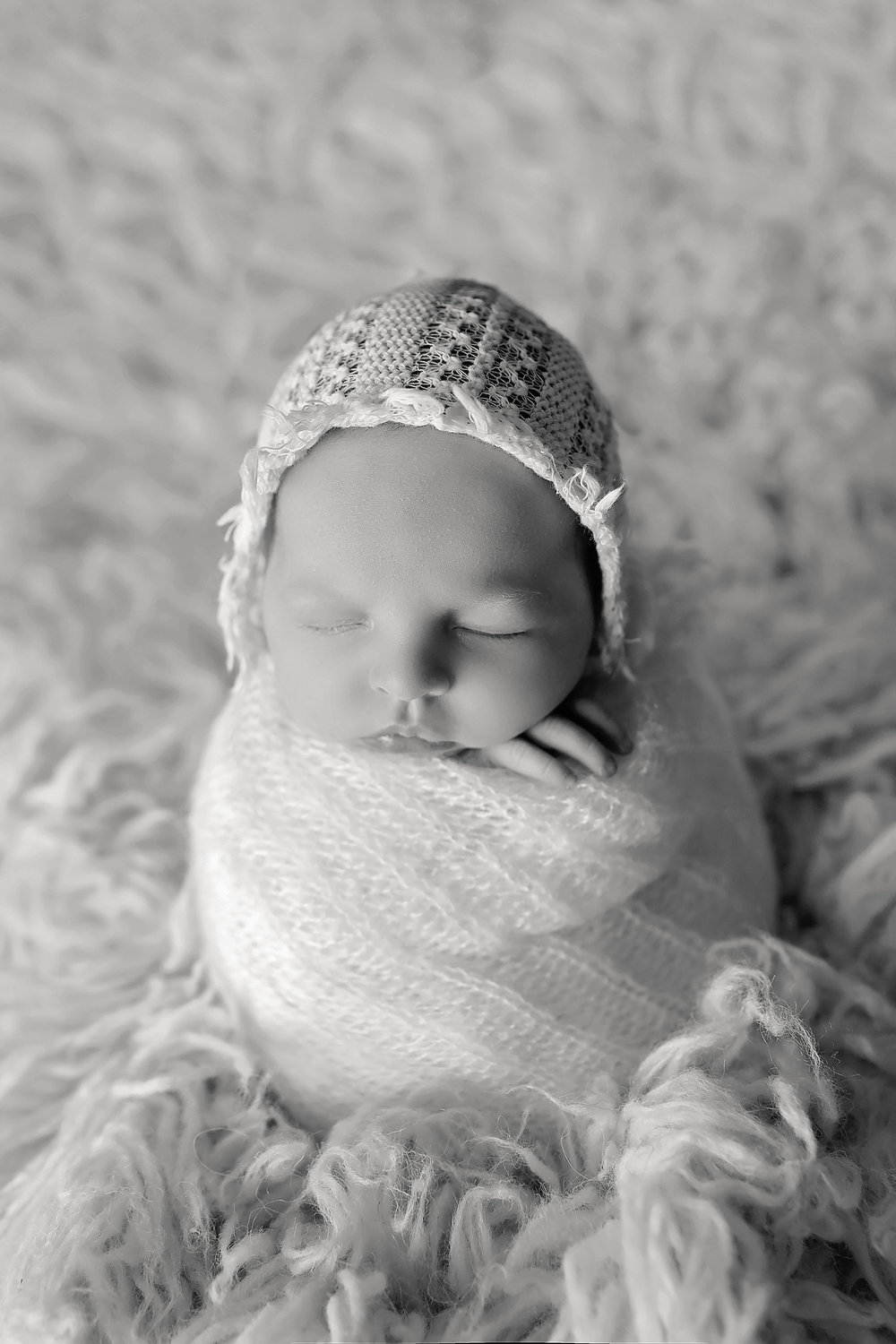 OakleyNewbornPhotos-5Black&White.jpg