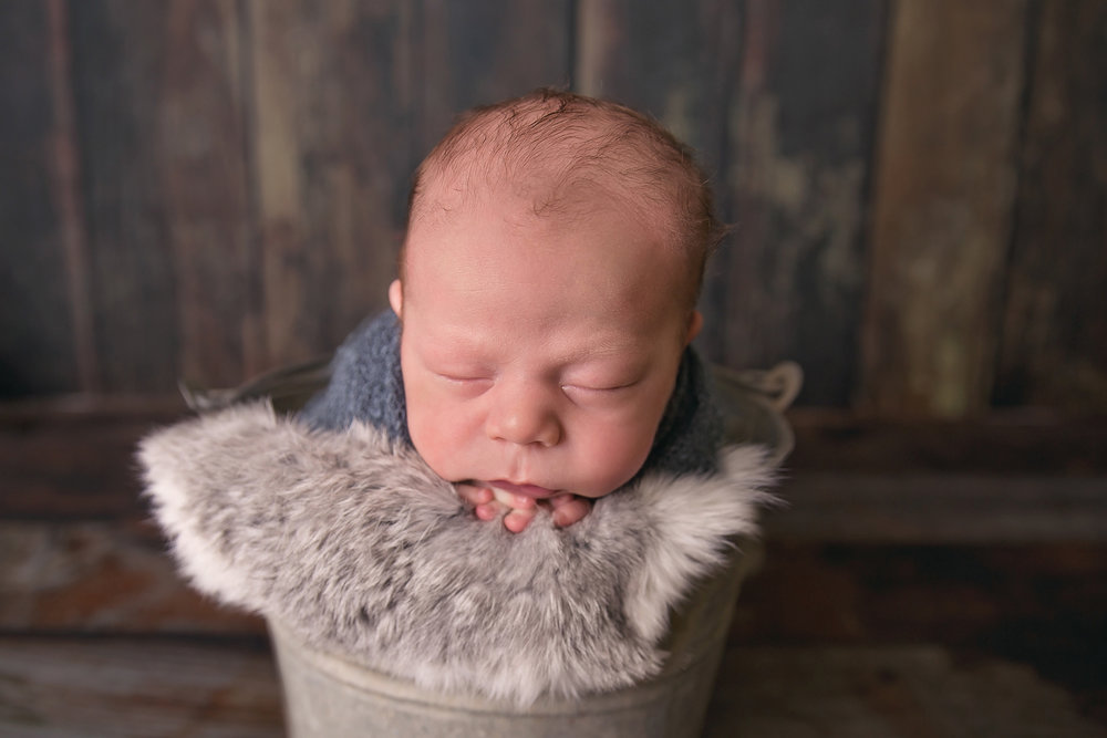 Caleb-3weeks-17edit.jpg