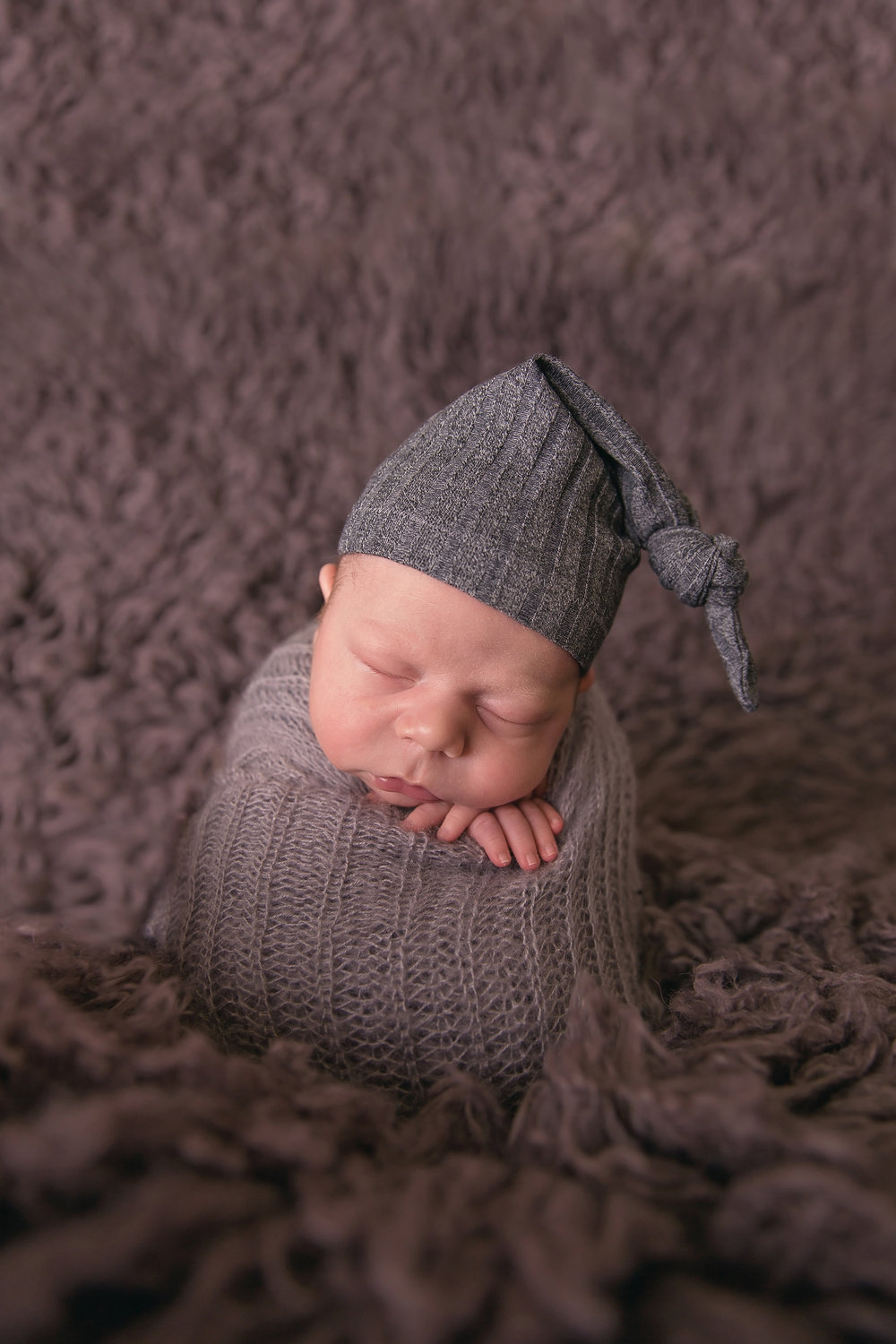 Caleb-3weeks-23edit.jpg