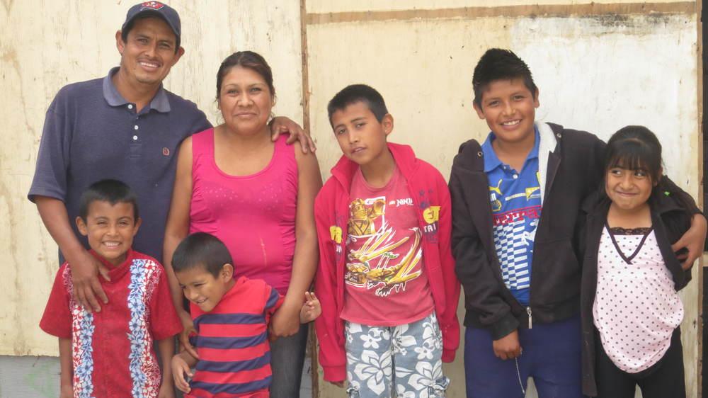 Lopez De la Luz Family