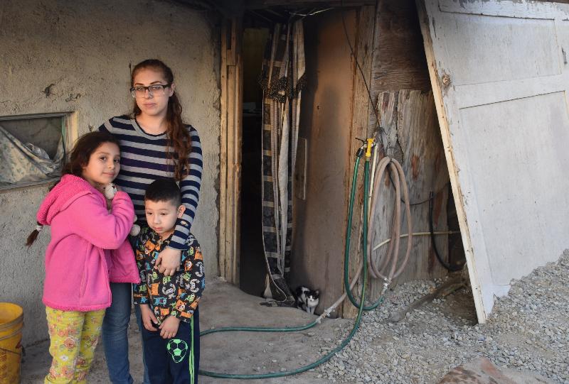 Teresa Evangelica and Children