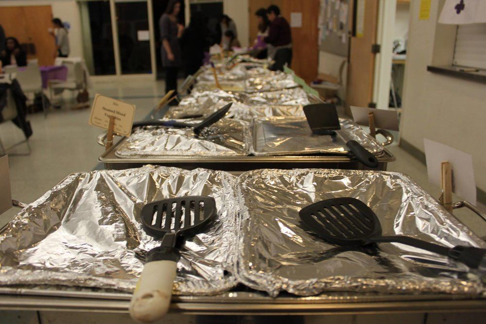 dinner-for-ten-2016-foil-food-trays.jpg