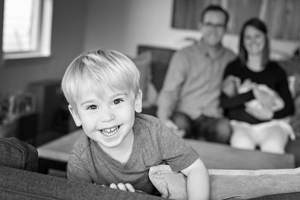 Lindsay - family maternity - Post Productions Photo