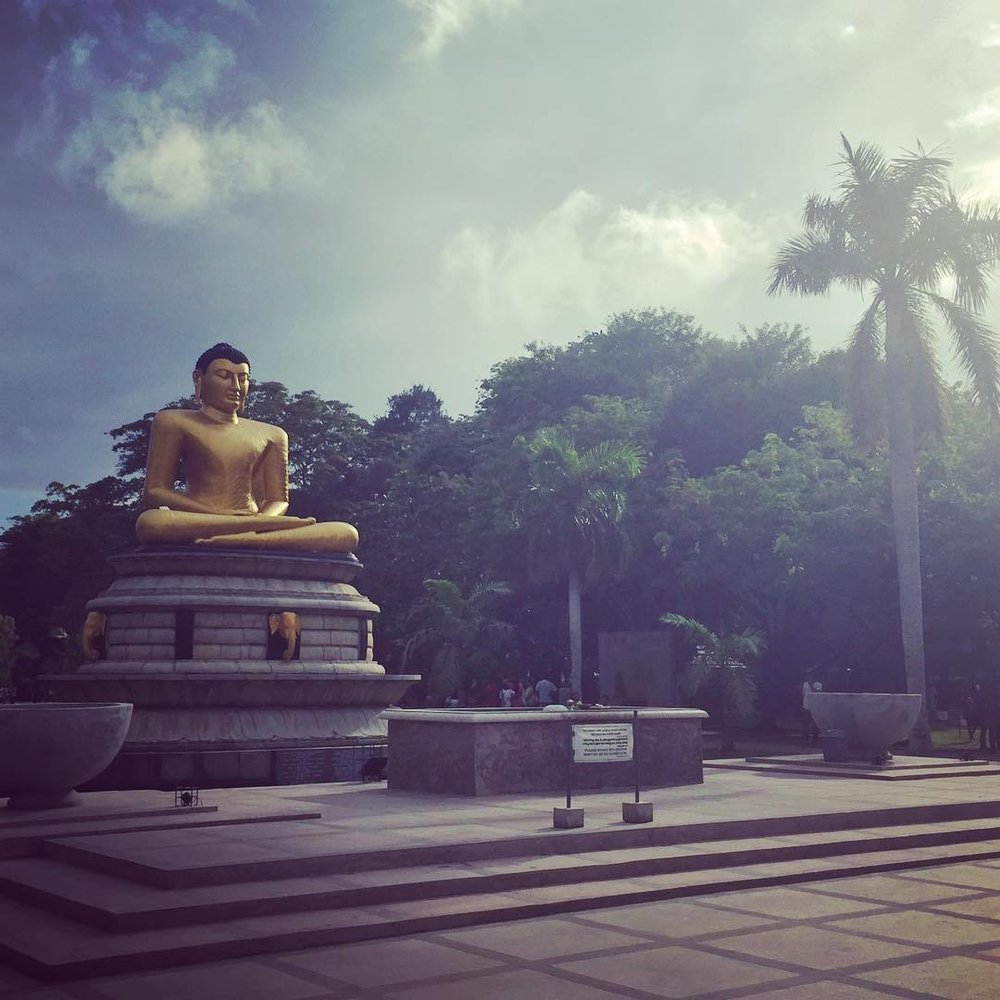 buddha_colombo_srilanka.jpg