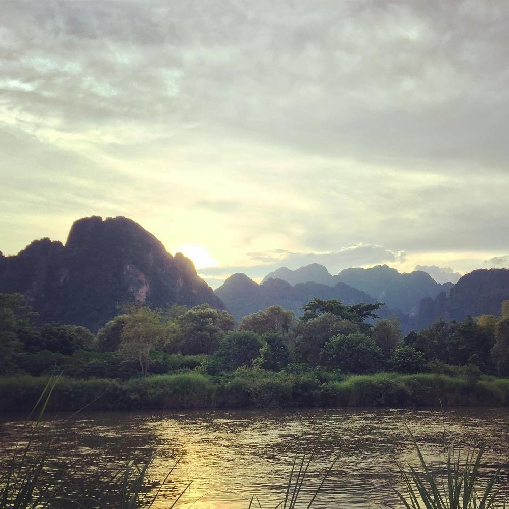 vangvieng_laos_sunset.jpg