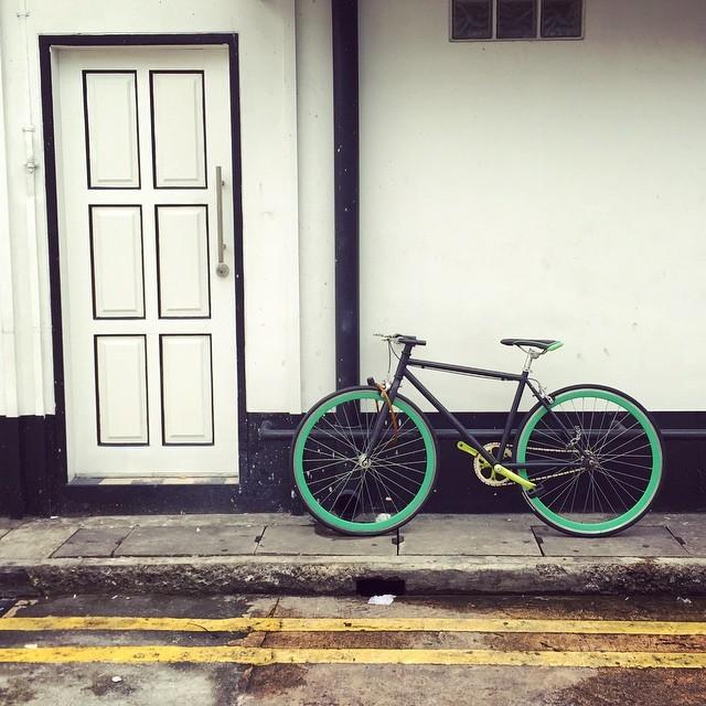 bicycle_singapore.jpg