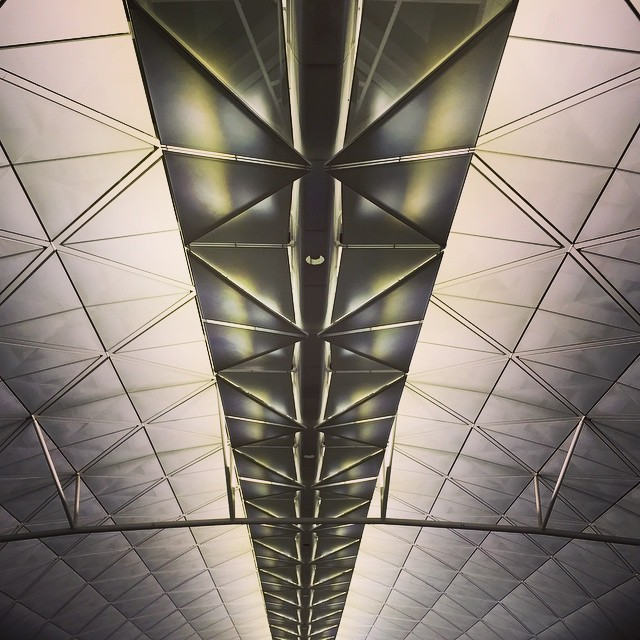 The futuristic ceiling of the (new) Hong Kong International Airport