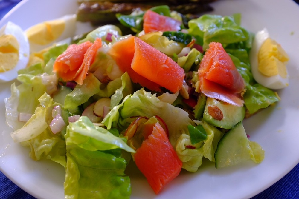 Let's hear it for using my better camera: this smoked salmon salad actually looks edible!