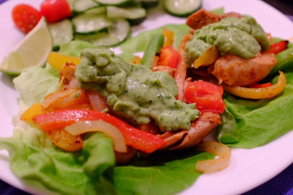 Fajitas on (ugh) lettuce. On lettuce! #criminal