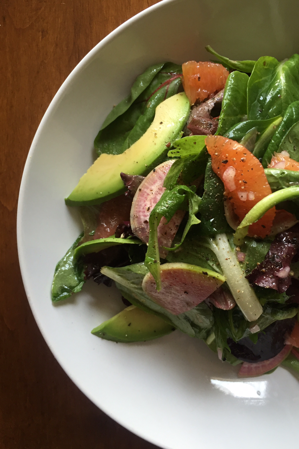 citrus salad with avocado and radish