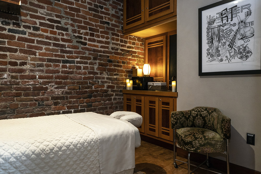 Treatments - Reserve your massage or acupuncture online.