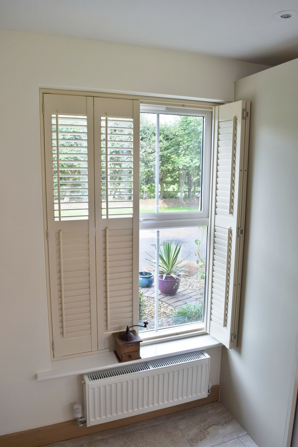Interior plantation shutters Dorset Yeovil Dorchester Blandford Forum