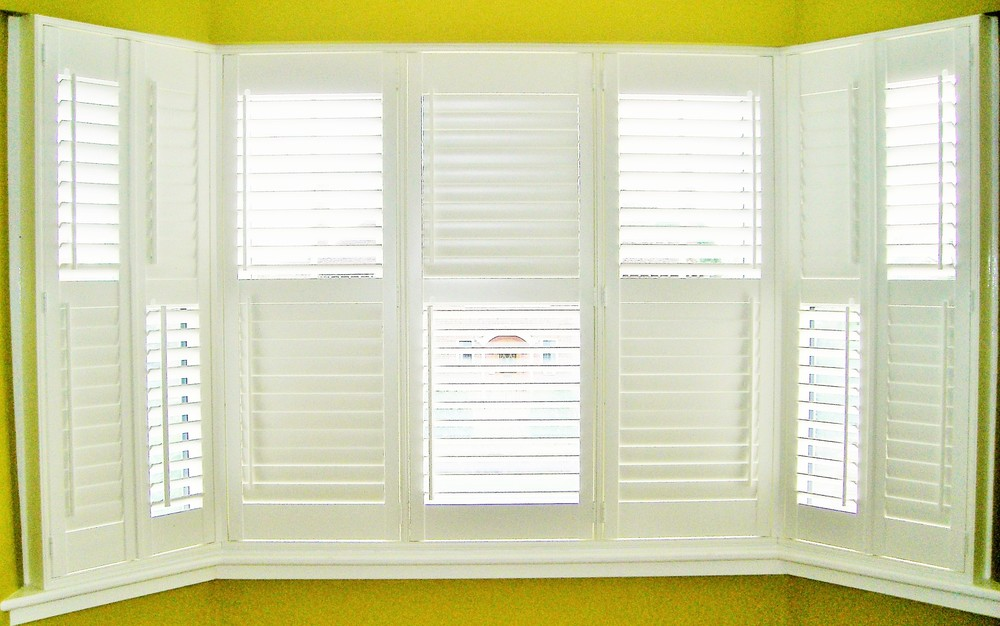 Wooden Bay window blinds Wimborne Ringwood Bournemouth Christchurch Poole