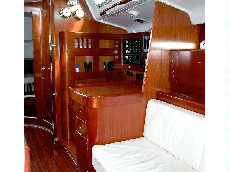 beneteau-first-477-captains+table.jpg