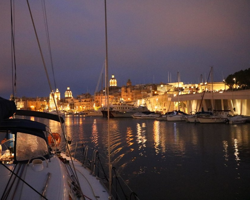 Malta%2BSailing%2Bexperiences%2Bharbour%2Bcruise%2Bby%2Bnight.jpg