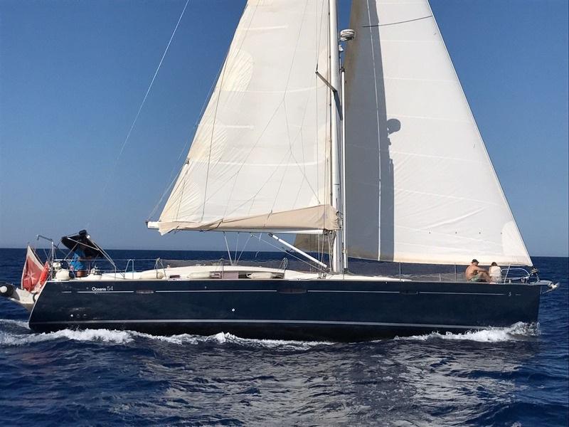 Beneteau Oceanis 52