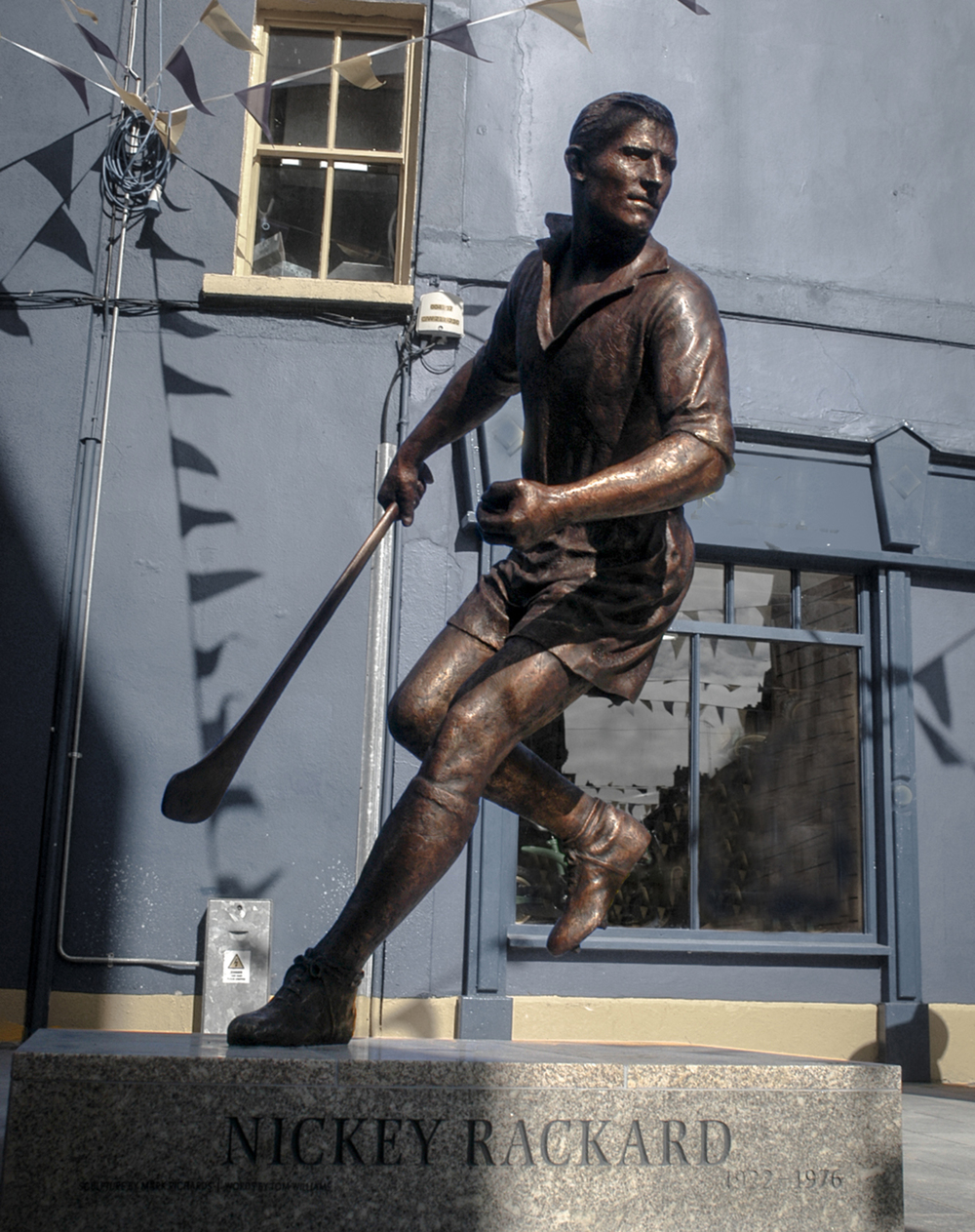 Mark Richards scuklptor Nickey Rackard statue commission, Wexford