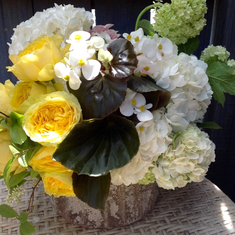 Our Signature mixed arrangements example (as shown $165)