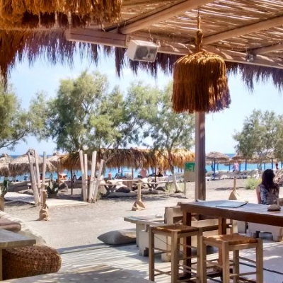 The atmosphere at Wet Stories beach bar is super relaxing…