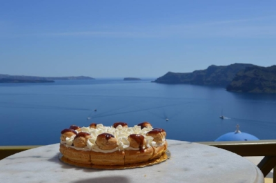 Melenio in Oia, Santorini. Picture from their official Facebook Page.