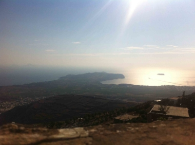And this is the view to the south side of Santorini from the mountain of Prophet Elias. When we say 360° panoramic view, we mean 360°.