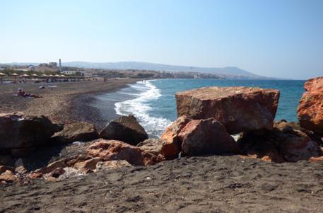 SantoriniBeach.jpg