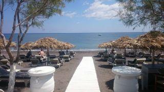 Chilli's beachfront sunbeds
