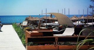 Seaside by Notos Beach Bar sunbeds
