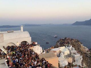SantoriniOiaSunset2_320x240.jpg