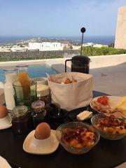 BreakfastSantoriniPyrgos_180x240.jpg