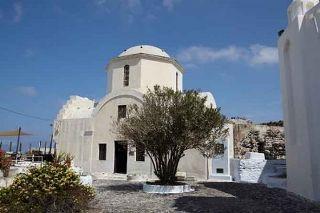 "Church ""Aghia Triada"" in Pyrgos Santorini. Photo from  santorini.gr"