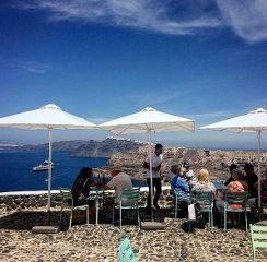 the amazing terrace of Venetsanos Winery…