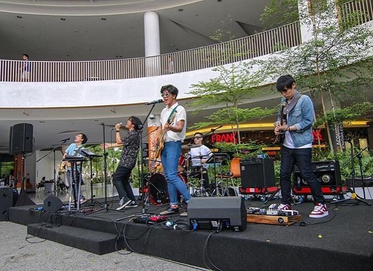 Had a super fun time at @frankbyocbc's launch of their new branch at NUS Utown. Thanks for coming out despite your busy schedules y'all, we were all from NUS once so we feel your pain 🥺. Next gig will be in Bangkok, more updates soon 🛫🇹🇭 📸 @patricoantonio @frankbyocbc