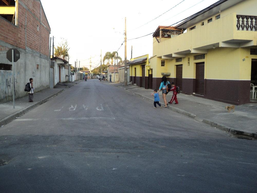 Pavimentação da Rua Luiz Lara Fernandes da Penha - Executada pela Sanepar - DEPOIS